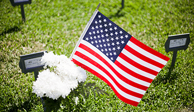 funeral home affordable funerals 000012 flag graveside service